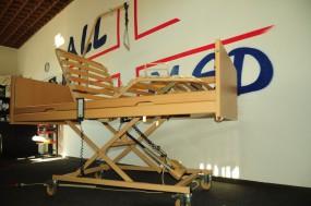 Łóżko ortopedyczne Burmeier WESTFALIA z materacem przeciwodleżynowym rurowym i materacem piankowym. Zestaw.