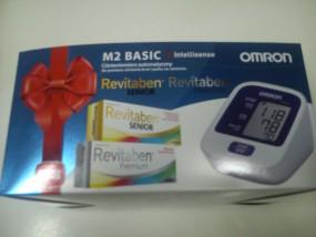 Ciśnieniomierz automatyczny OMRON M2 BASIC zestaw z witaminami i składnikami mineralnymi Ravitaben
